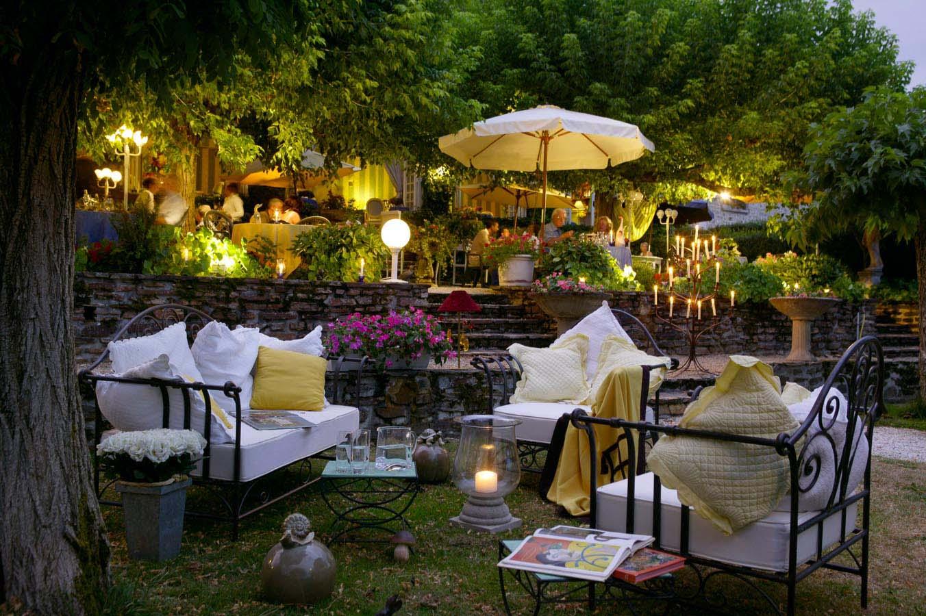 Le jardin hostellerie saint jacques for Restaurant le jardin 02